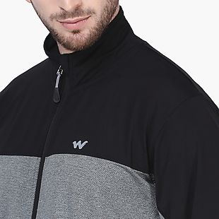 Wildcraft Men Running Jacket Hybrid
